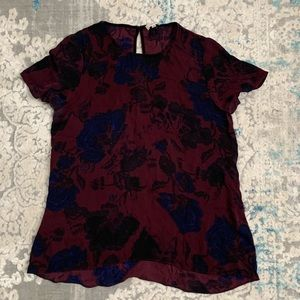 Aritzia Wilfred Burgundy Floral Keyhole blouse